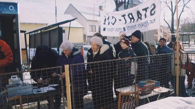 Na startu u vřesovického obecního úřadu byl na Nový rok velký nával