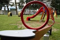 Koupaliště v Moravském Písku se letos otevře i s novými prvky na dětském hřišti.