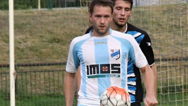 Fotbalisté FC Veselí nad Moravou zvítězili na hřišti v Miloticích přesvědčivě 7:1. Mezi střelce se jednou zapsal i Vlastimil Klimek (na snímku).