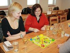 V Hodoníně měli možnost přispět na nemocné děti z onkologické kliniky v Brně hraním společenské hry Člověče, nezlob se.