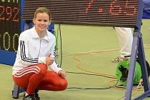 Hodonínská běžkyně Veronika Paličková ovládla na žákovském halovém mistrovství České republiky, které se o víkendu uskutečnilo v Jablonci nad Nisou, sprint na šedesát metrů a závod na sto padesát metrů. Talentovaná závodnice navíc v sobotu překonala o set