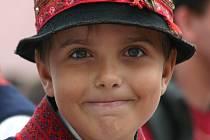 Podle Jana Herneba se z chlapců po překročení věku pěti let stávají divocí vrabci.