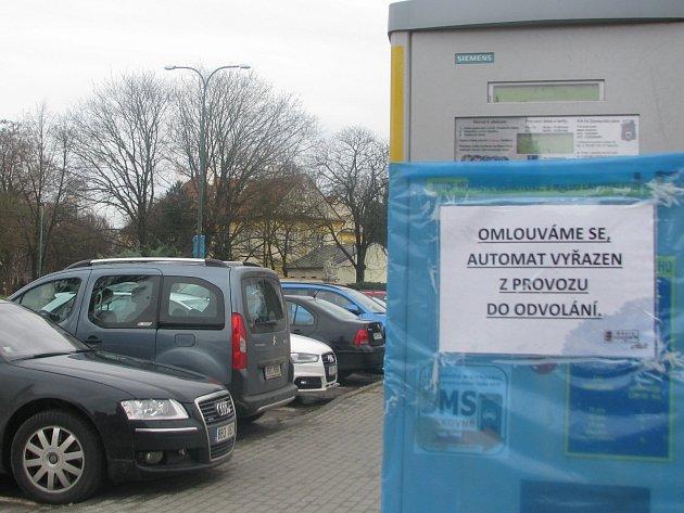 Parkoviště na Zámeckém náměstí v Hodoníně má být placené.