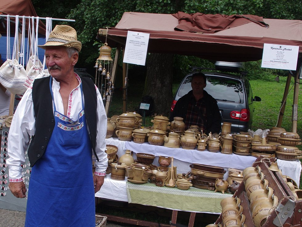 Strážnice o víkendu žila třiasedmdesátým folklorním festivalem.