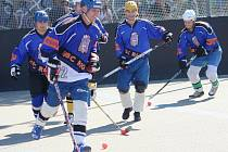 Dvoudenní hokejbalový turnaj X-CAR Cup 2010 ovládl Rigum Hodonín.