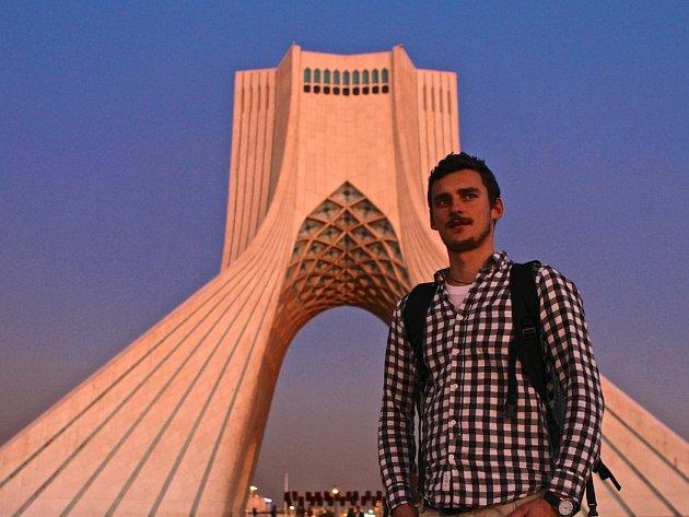 Hodonínský cestovatel Matěj Balga v Teheránu.