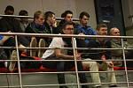 Stolní tenistky domácího Hodonína (v modrých dresech) nečekaně prohrály ve finále Českého poháru žen se sousední Břeclaví 2:5. Bronz na Slovácku získaly hráčky Frýdlantu nad Ostravicí.