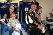 Družina Vodního království v čele s princeznou Julií a ceremoniářem Janem Čenským v Hodoníně - ilustrační fotografie.