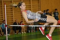 Čtrnáctiletá házenkářka Barbora Melichárková vyhrála na Velické laťce závod starších žákyň.