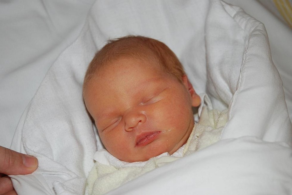 Vanesska Veselá, 47 cm, 3,05 kg, 17. 11. 2009, Hodonín