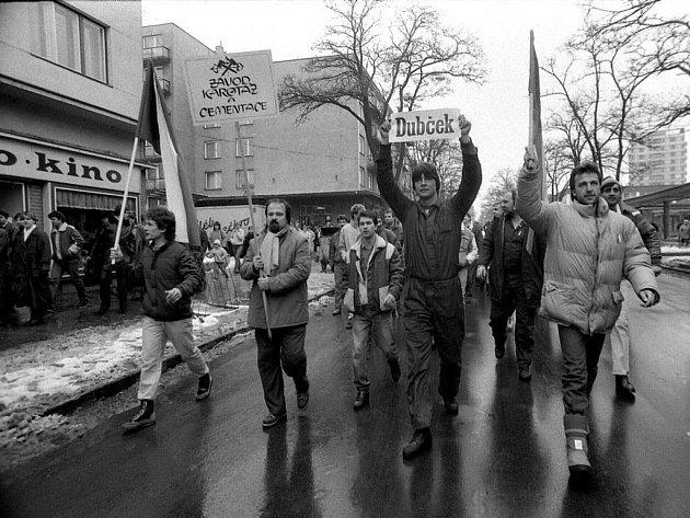 Zlomem pro dění v Hodoníně byla generální stávka 27. listopadu 1989