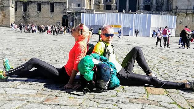 Cyklistka Tereza Korvasová se svým otcem na cestě do Santiaga de Compostela.
