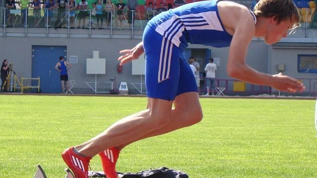 Mladý hodonínský běžec Jindřich Goiš při jednom ze svých startů v Ostravě.