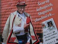 František Okénka na přebalu knihy.