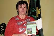 Ve Starém Poddvorově mají novou knihu o dějinách obce.