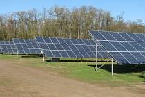 Dubňanská solární elektrárna je největší v republice.