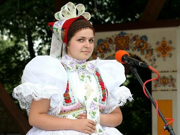 Zpěvačka folklorních písní Jana Otáhalová ze Starého Poddvorova.