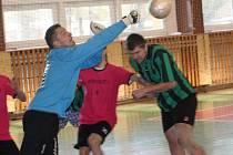 Patnáctý ročník Kyjovské halové ligy odstartuje ve sklářské hale v sobotu 22. listopadu. Loňské prvenství obhajuje Zweigeltrebe.