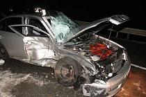 Osobní automobil po nehodě mezi Archlebovem a Strážovicema.