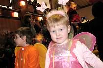 Rekordní dětský karneval v Žádovicích. Přišlo 110 masek.