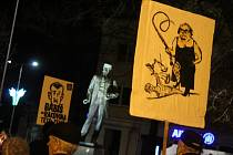 Demonstrace v Hodoníně s názvem Stále nám to není jedno! Ta se konala jako součást jako součást celorepublikových protestů spolku Milion chvilek pro demokracii.