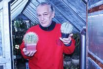Jeden z kaktusářů Jiří Brožík.