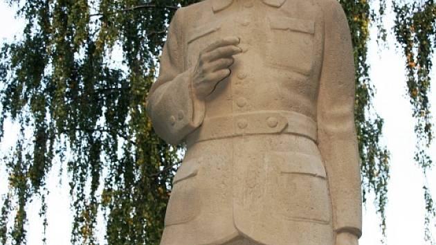 Masaryk bez noh přežil i komunismus