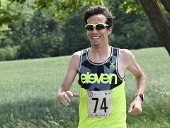 Závod v Šaraticích s velkým náskokem vyhrál Lukáš Kučera z Brna, který zvládl 13,3 kilometru za 46:47 minuty.