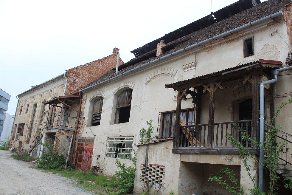 Chátrající areál pivovaru v Kyjově.