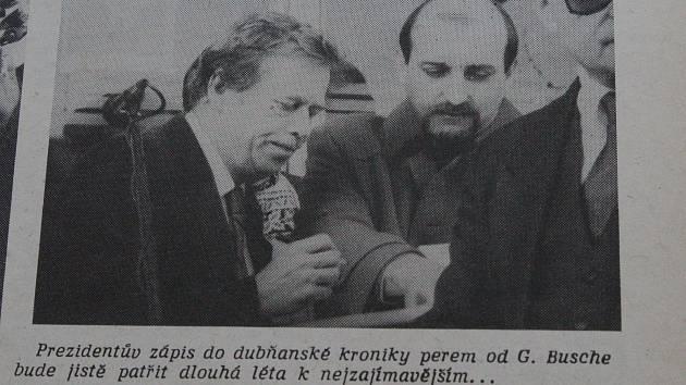 Československý prezident Václav Havel při návštěvě Dubňan v březnu 1990.