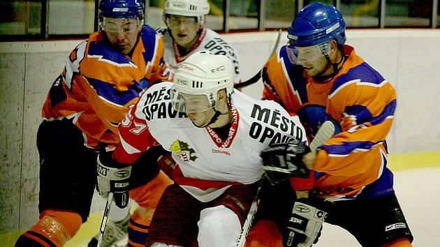 Ze třetího čtvrtfinálového utkání SHK Hodonín - HC Slezan Opava