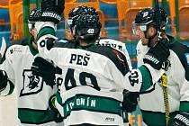 Hokejisté Hodonína zatím kráčejí ročníkem v krajské lize bez ztráty bodu.