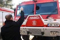 Žehnání hasičské techniky v Hodoníně.