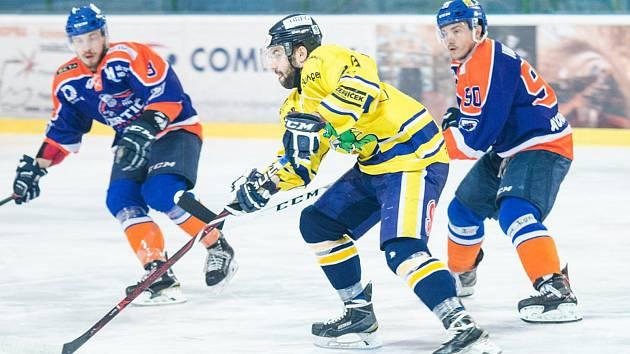 Hodoňané v druhém utkání semifinále play-off podlehli šumperským Drakům 2:6.