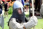 Léto na Mikulčických valech nabídlo souboje i raně středověký tábor .