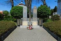 V těchto dnech si připomínáme 75.výročí osvobození Násedlovic.