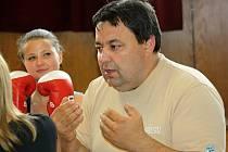 Šéf těmického klubu Dalibor Klobáska se výchově boxerů věnuje několik let.