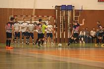 Futsalisté Hodonína (v bílých dresech). Ilustrační foto.