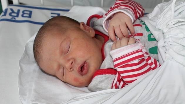 Luren Gegaj, 22. 2. 2014, Hodonín, 52 cm, 3,80 kg, porodnice Břeclav