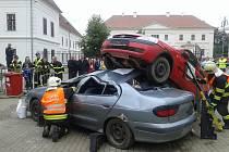 Profesionální hasiči z Boskovic vybojovali v Rosicích bronz. Na soutěži ve vyprošťování zraněných osob z havarovaných vozidel.