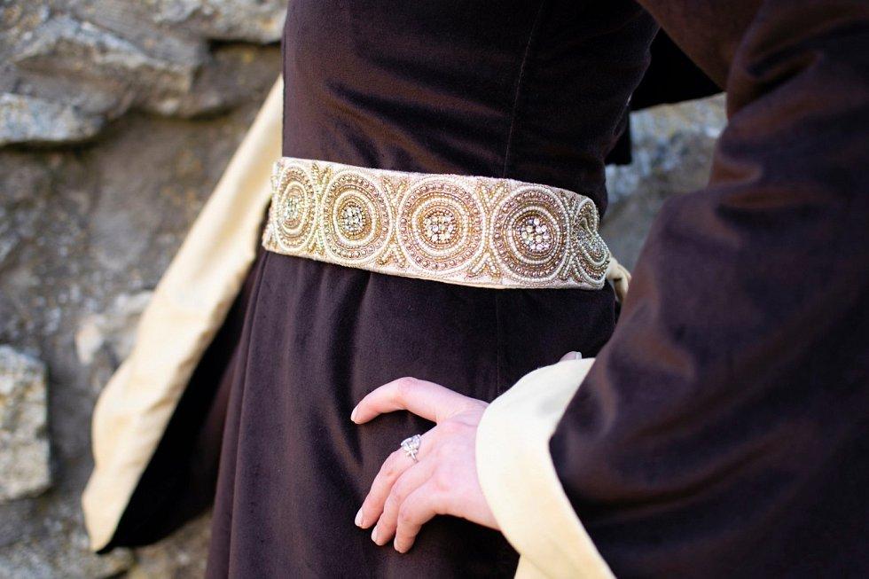 Výstava o osudech pánů z Boskovic ukáže i repliky středověkých šatů.