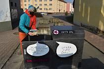 Před Městkou knihovnou Blansko stojí od začátku týdne na pěší zóně v Rožmitálově ulici Knihožrout. Speciální box, do kterého mohou registrovaní čtenáři vracet vypůjčené knížky a časopisy.