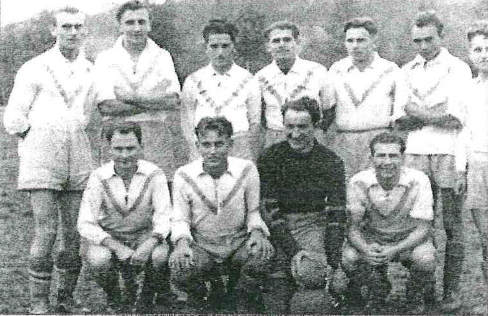 Tým SK Rájec z roku 1939.