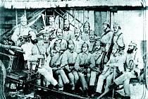 První sbor dobrovolných hasičů v Letovicích. Fotografie z roku 1870.