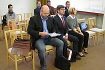 Boskovický úředník Filip Kincl (na snímku vlevo).