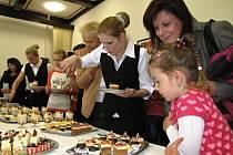 Výsledky své práce studenti předvedli při cukrářském rautu v Boskovicích.