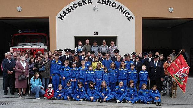 Sbor dobrovolných hasičů z Petrovic.