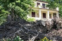 V červnu 2010 se přes Jedovnice prohnala větrná smršť Antonín.