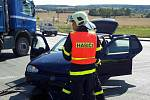 Při nehodě u Ráječka se zranili čtyři lidé.