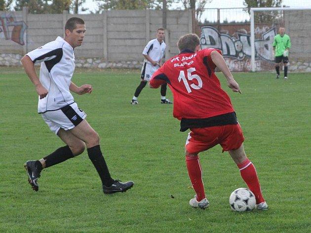 Fotbalisté Lipovce zlobili i ve třetím pohárovém zápase, přes favorizované Blansko ale nakonec nepřešli.